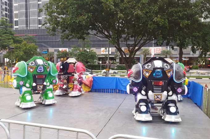 uncle-ringo-robot-wars