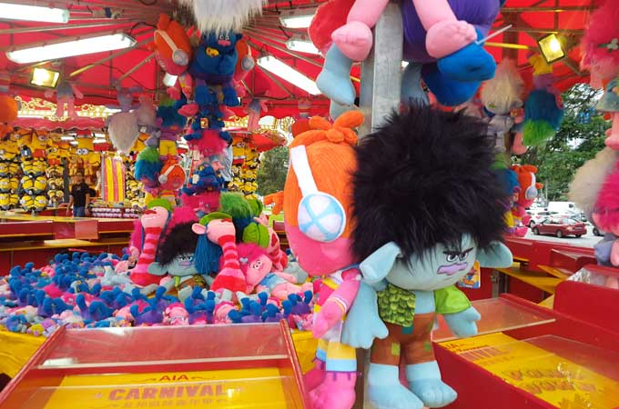 uncle-ringo-trolls-toy
