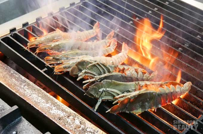 the-corner-chef-tiger-prawns-lobster