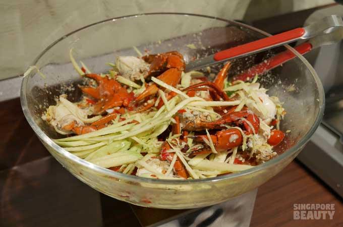 new-thai-tanic-crab-salad