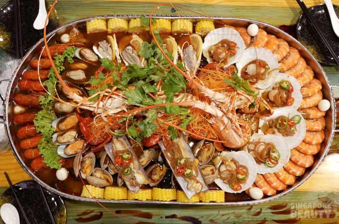 jiu gong ge lobster platter