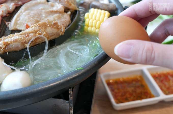 mookata-add-egg