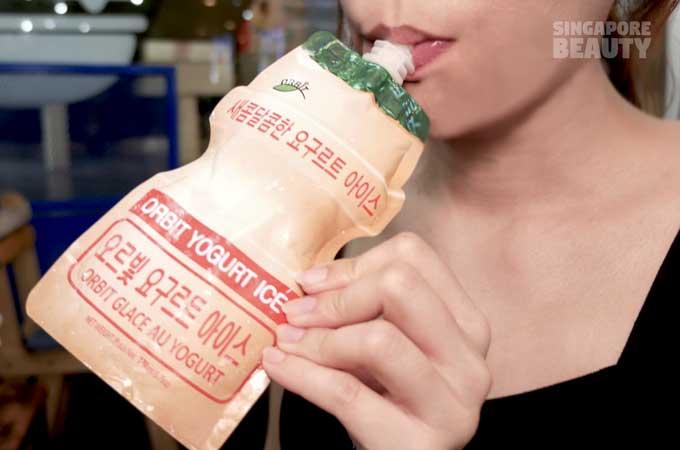 burger-monster-yogurt-drink-with-girl