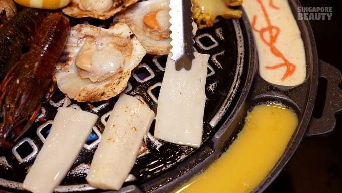 ladyboy-mookata-abalone-slices