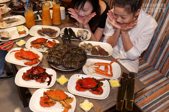 new-thai-tanic-crab-feast
