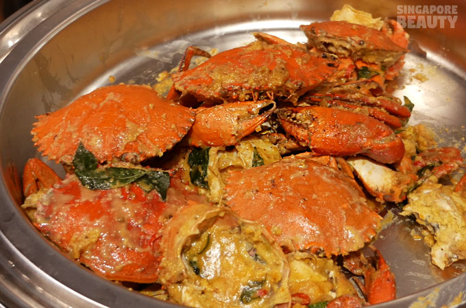 new-thai-tanic-salted-egg-crab