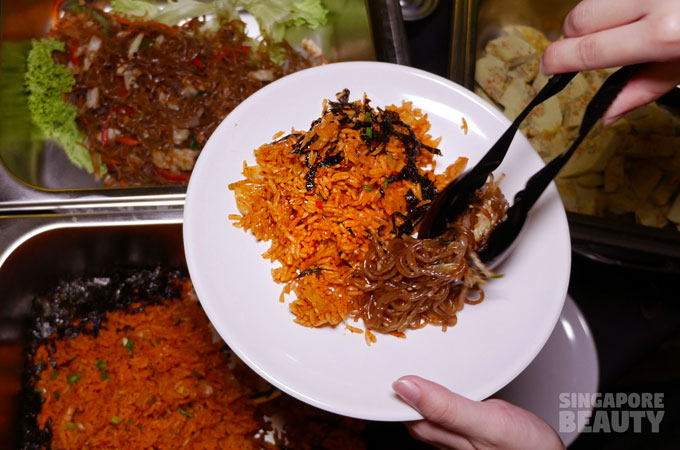 the-three-peacocks-at-labrador-park-kimchi-rice