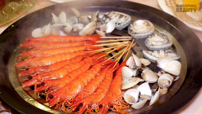yu-pin-steamed-seafood-live-tiger-prawn