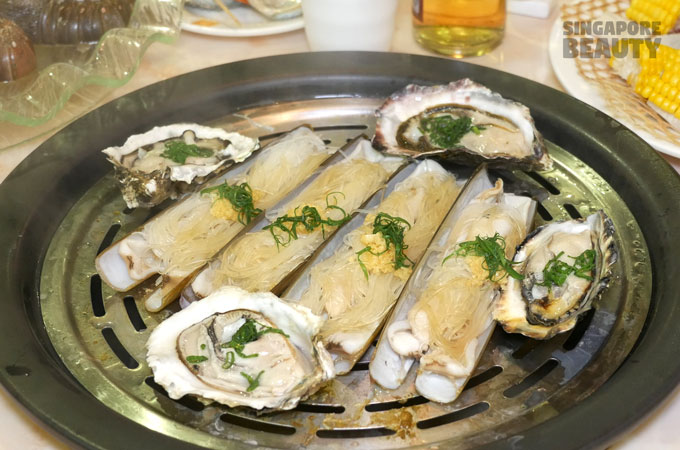 yu-pin-steamed-seafood-razor-clam
