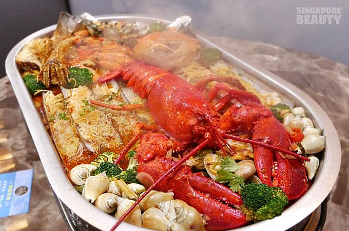 Eight Signature Seafood Platter