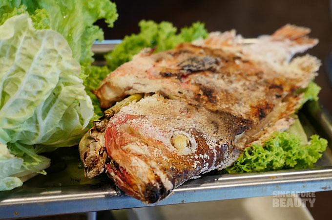 thai salt bake fish
