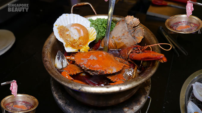 the three peacocks seafood hotpot