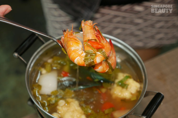 tom-yum-prawn