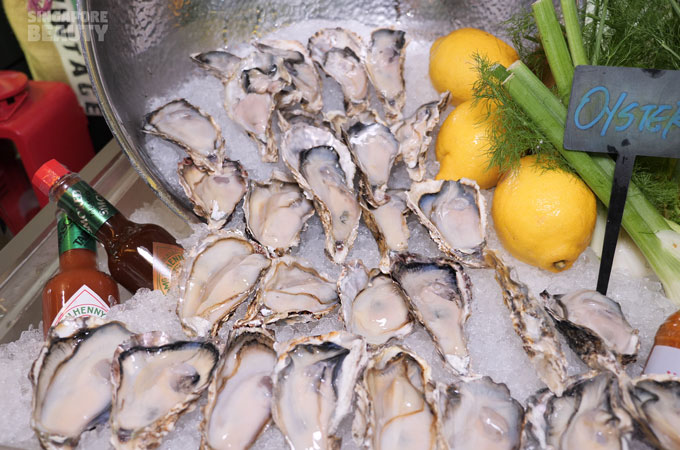 live-japanese-oysters