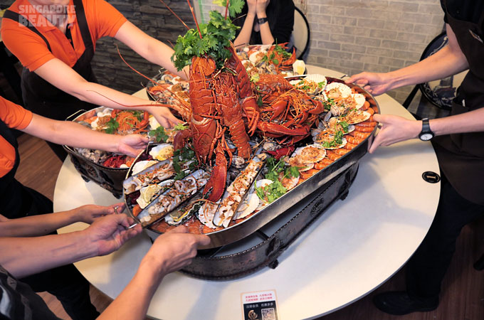 giant-seafood-platter