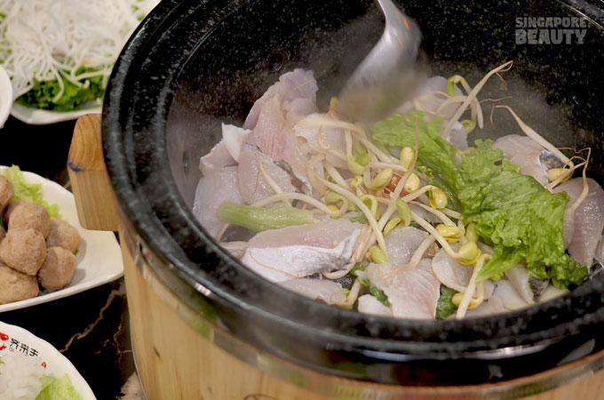 stone-pot-buffet