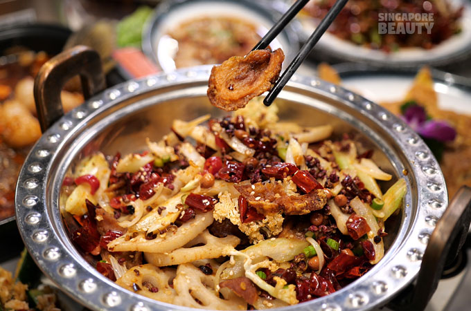 dried-chilli-crispy-intestines