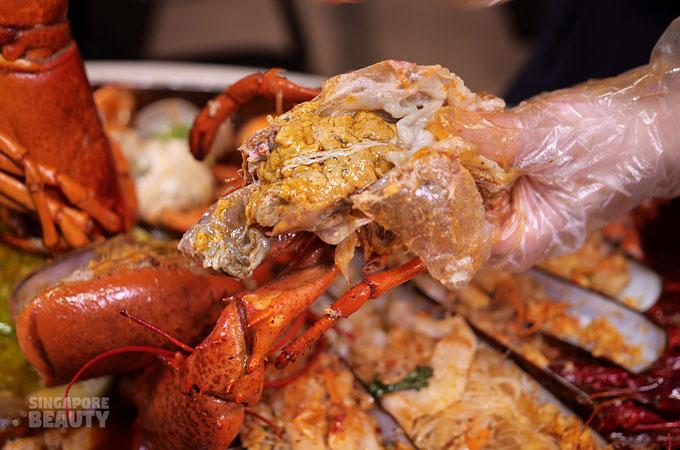 lobster head butter roe