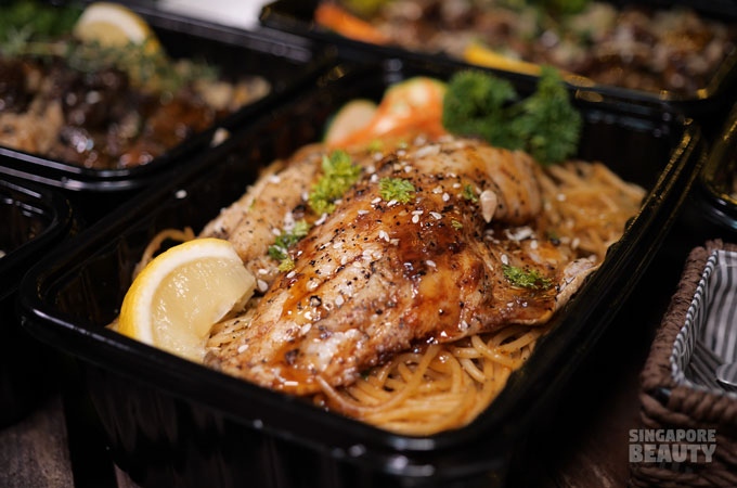 grilled-seabass-meat-bento