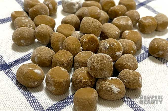 handmade-golden-pearls