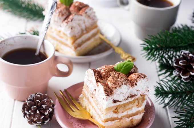 tiramisu-with-coffee