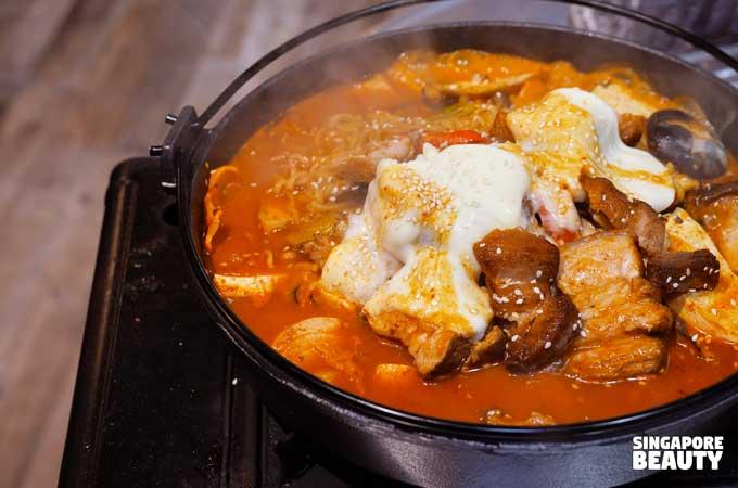 roasted pork kimchi stew