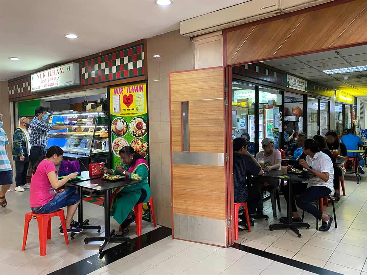 Nur-Ilham-June-&-family-nasi-padang-halal-food-manhattan-house-chinatown