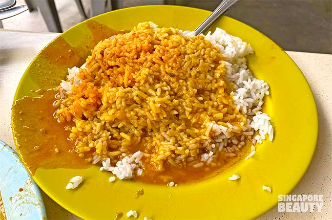 cheap Hainanese curry rice beo crescent