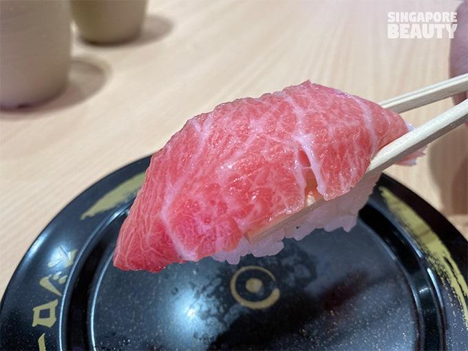 otoro fatty tuna collar sushi