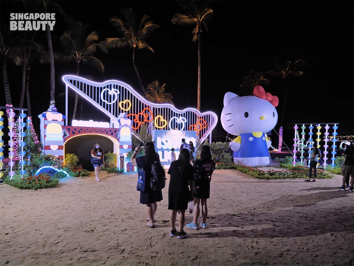Island Lights with Sanrio Characters hello kitty