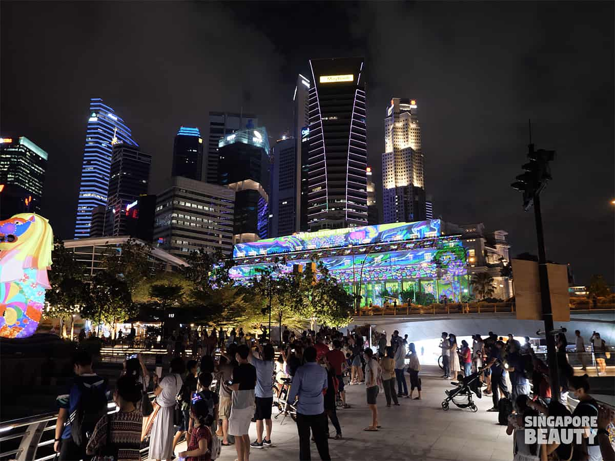 Singapore iconic landmark The Fullerton hotel