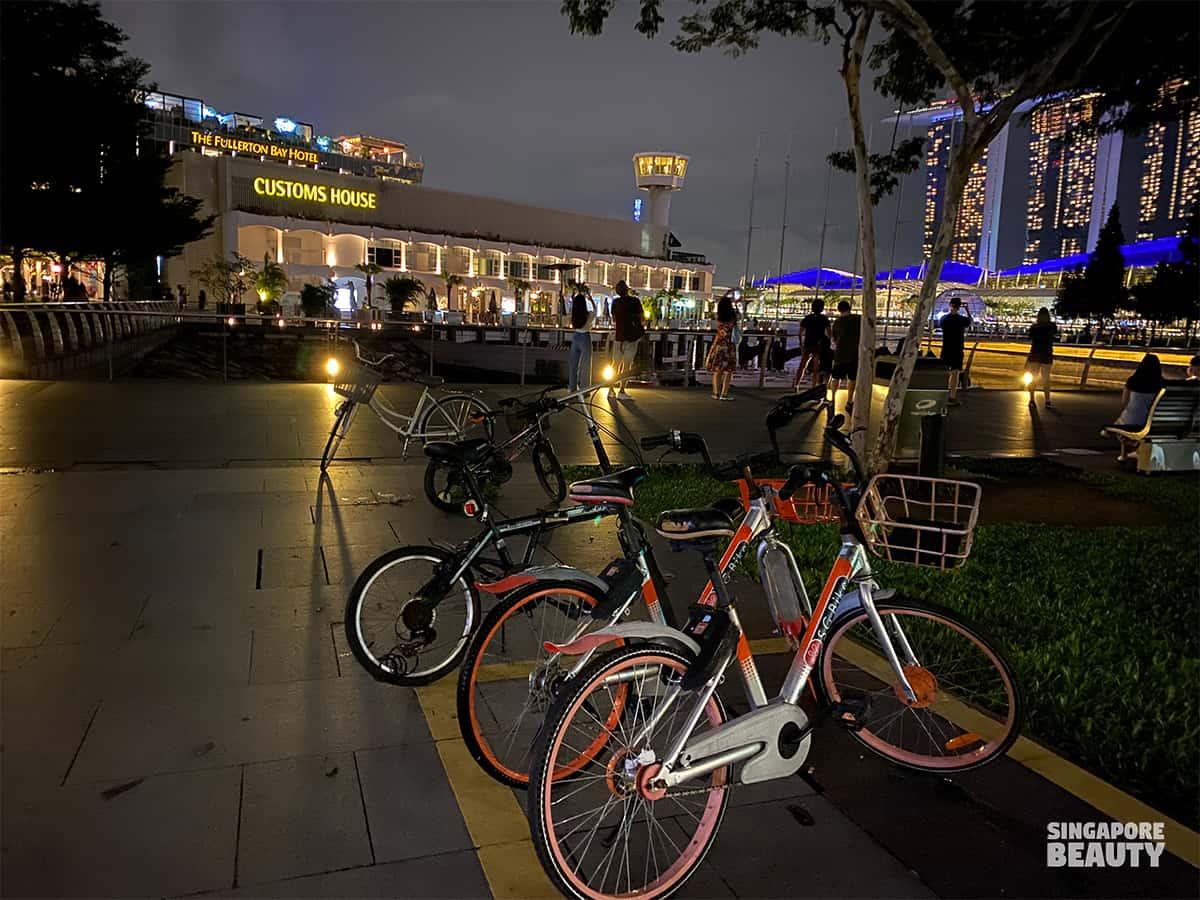 bikes rent at marina bay custom house