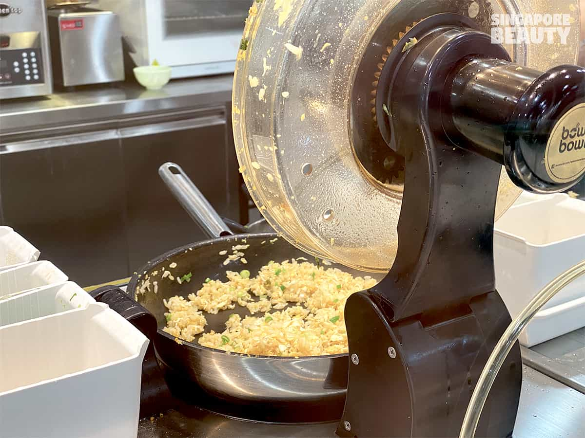 bowl & bowl robot cafe fried rice
