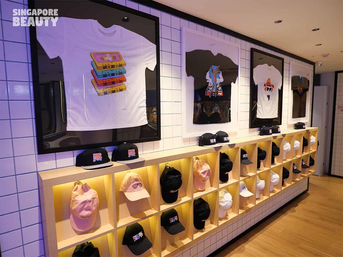 merchandise-top-caps