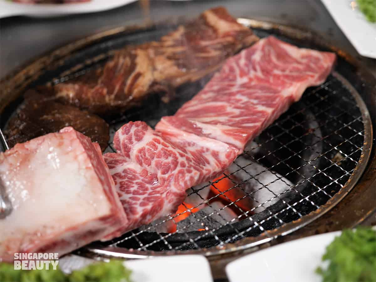 galbi-gui-medium-rare-bbq