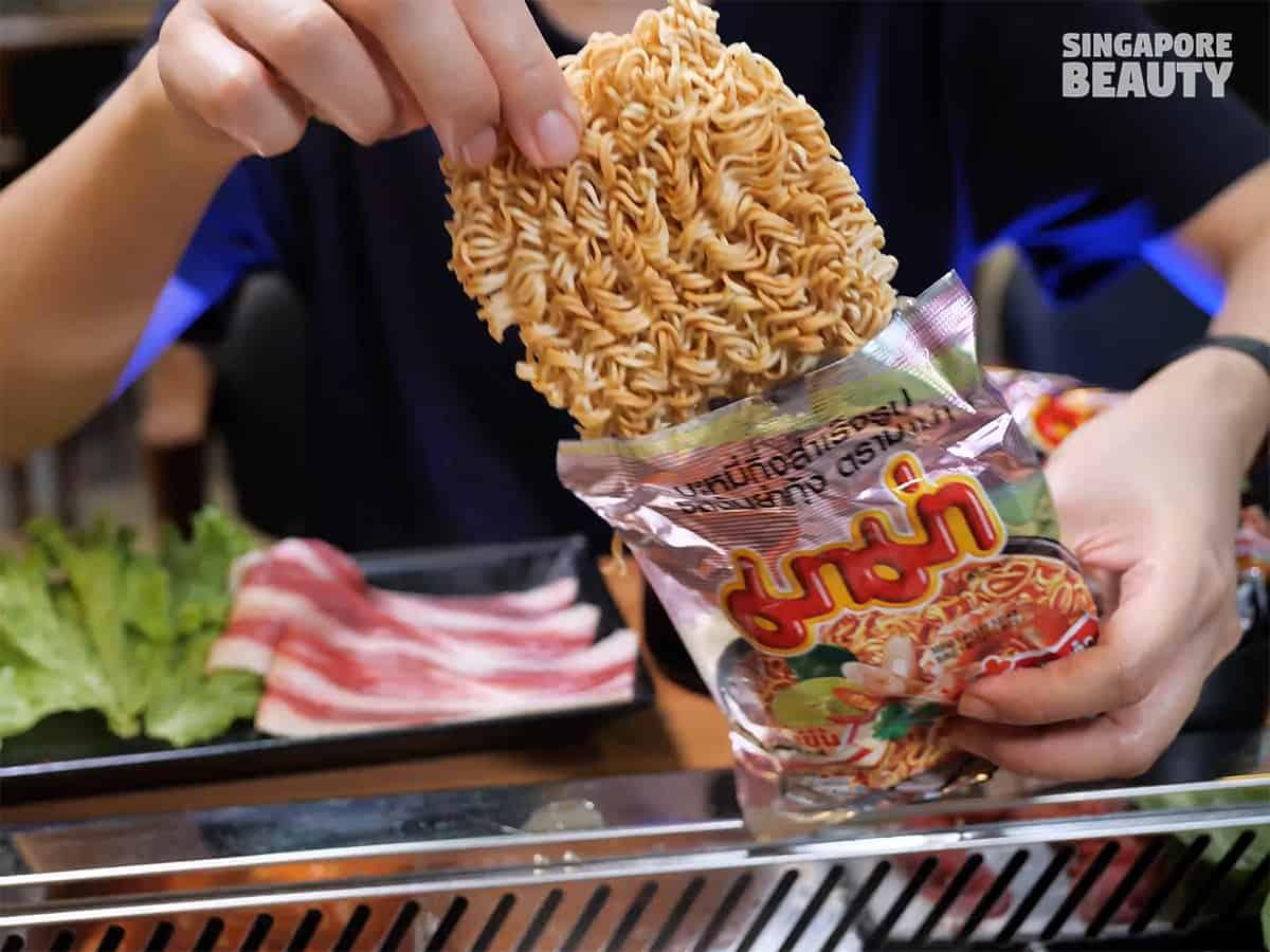 yi zi wei thai buffet