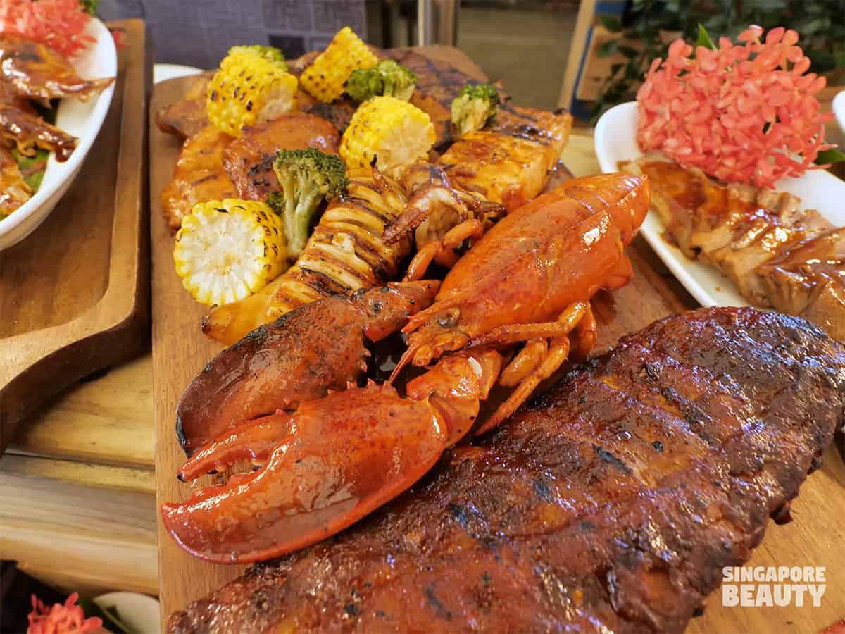 the three peacocks bbq seafood meat platter