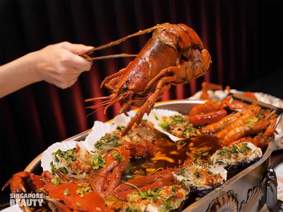 boston-lobster-seafood-platter