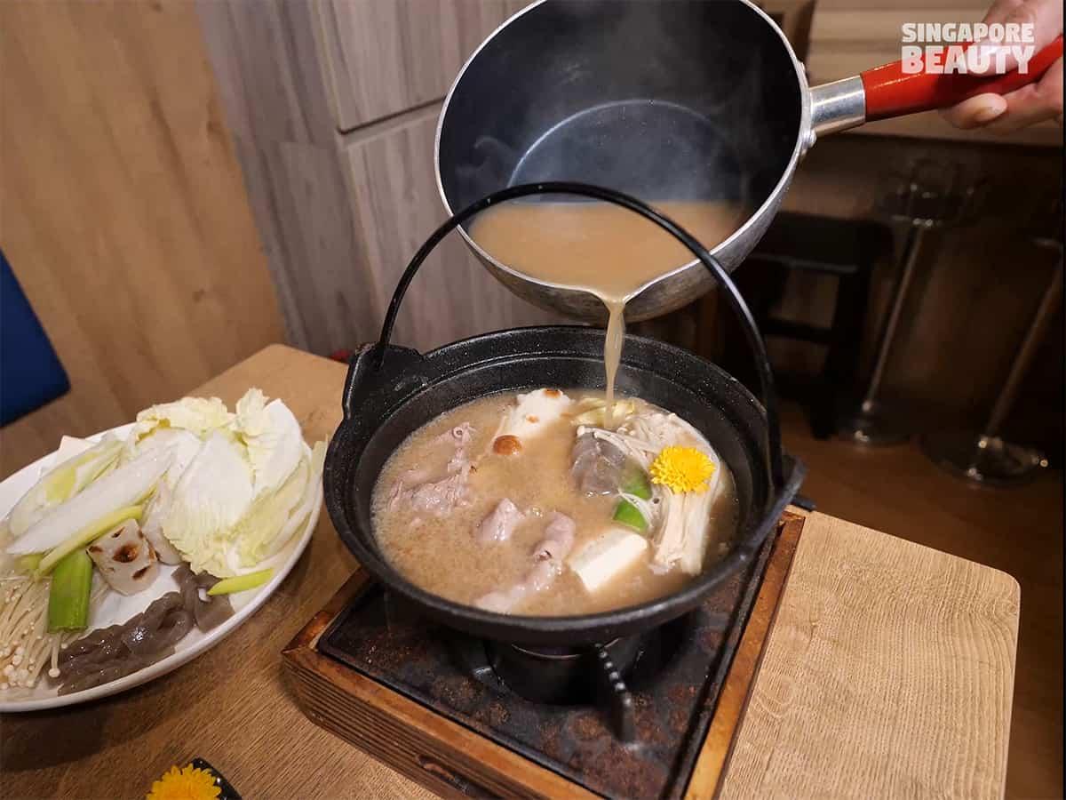 tonkotsu-soup