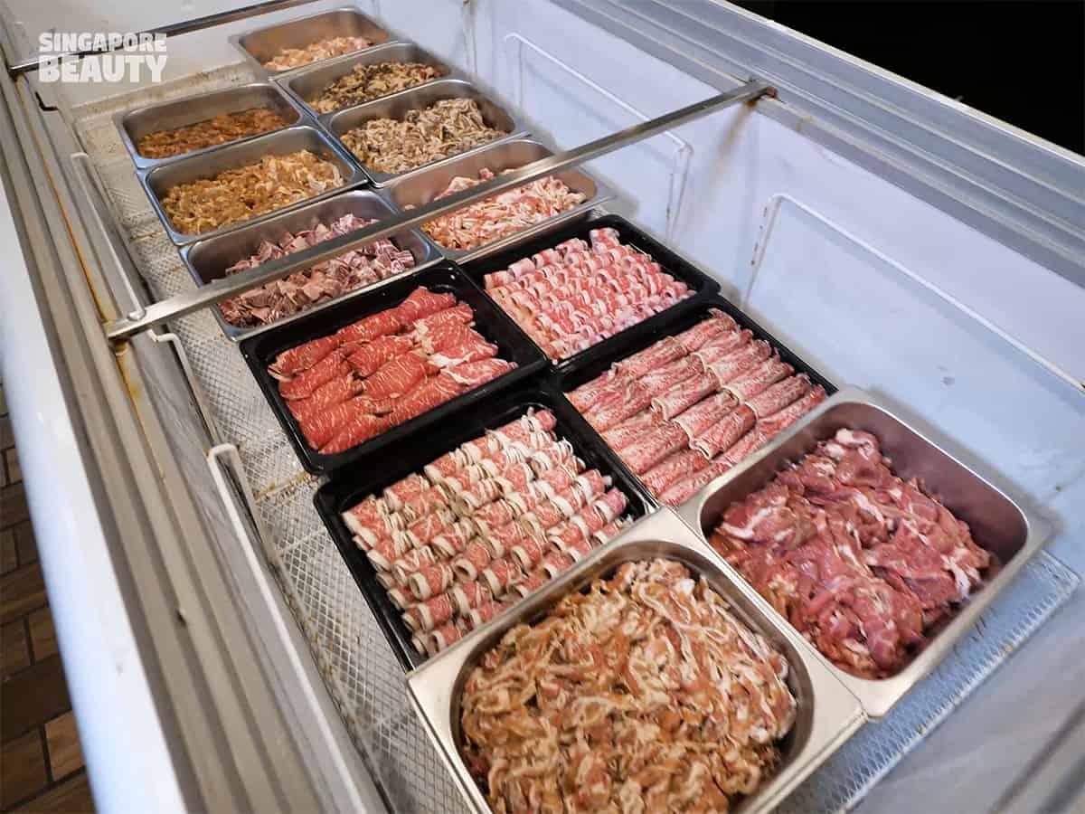 kujaku yaki meat yakiniku buffet
